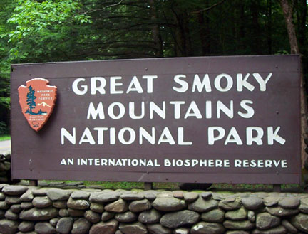 great smoky mountains sign