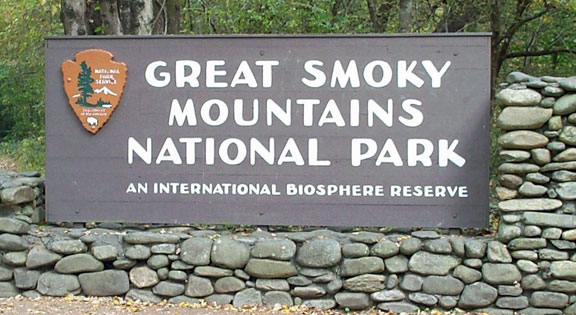 Great Smoky Mountains welcome sign