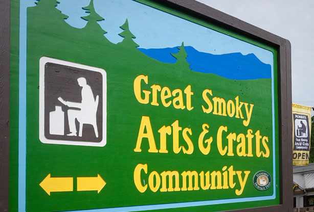 gatlinburg arts & crafts community